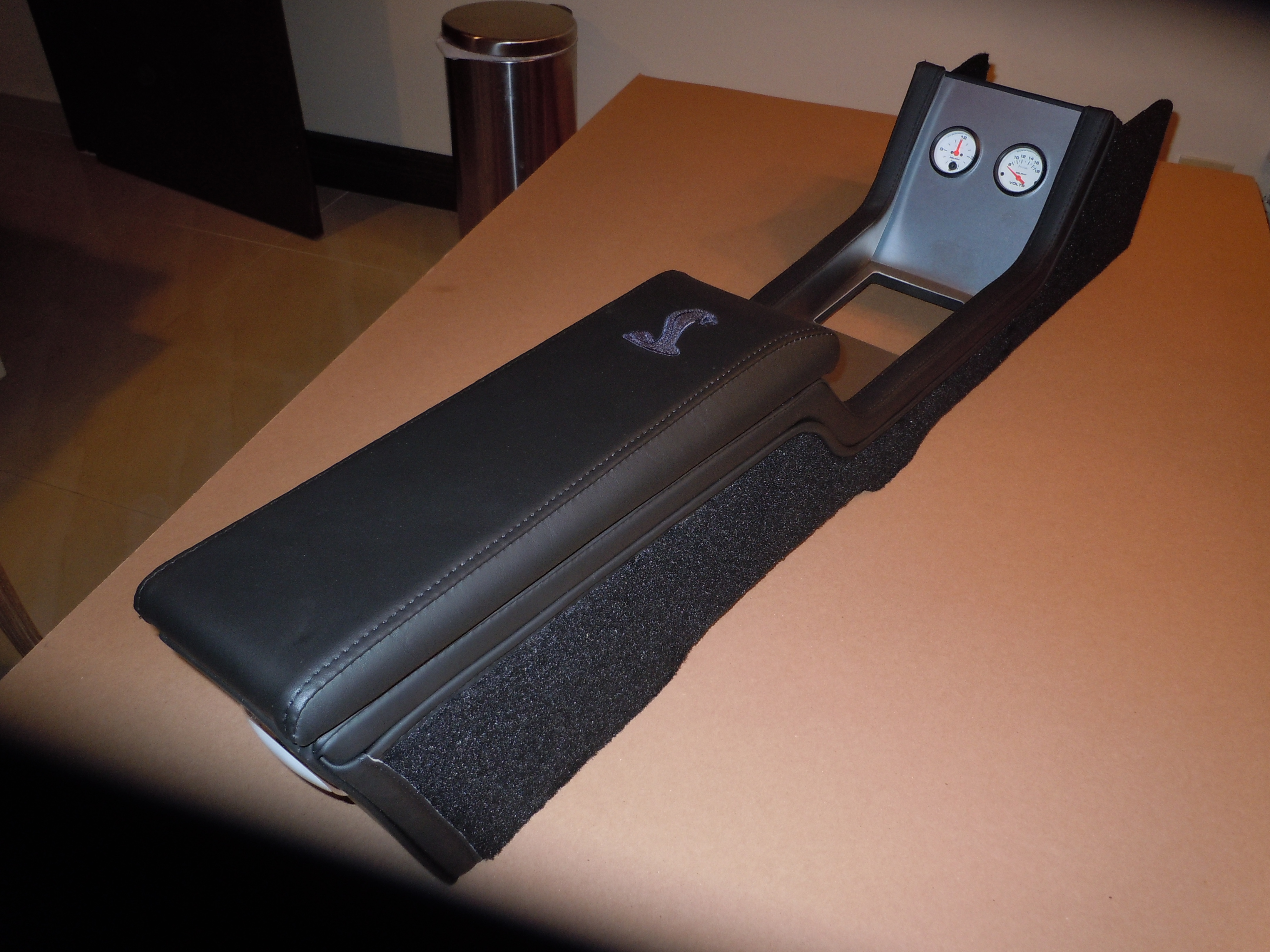 67 68 Mustang center console for automatic convertible