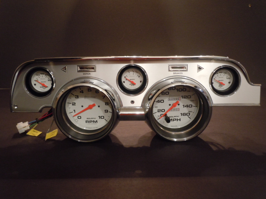 1967-68 Mustang Gauge Cluster With Autometer Gauges-2443