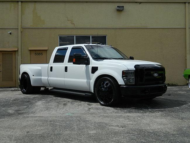 Trucks - Dully