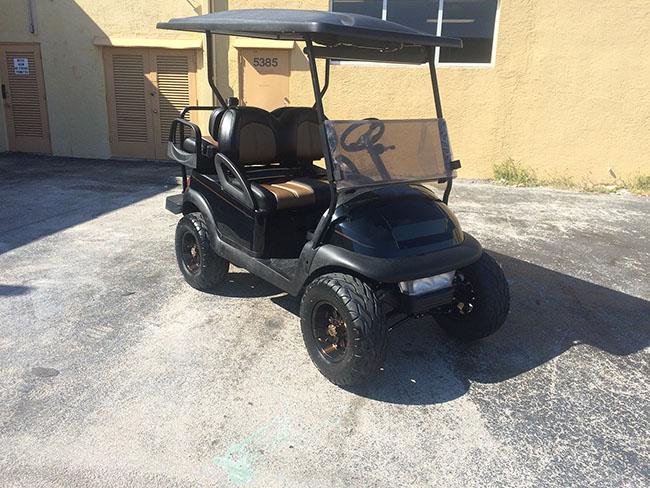 Golf Cart - Gold Interior